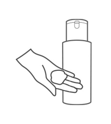 早上使用過醒膚水後取適量。