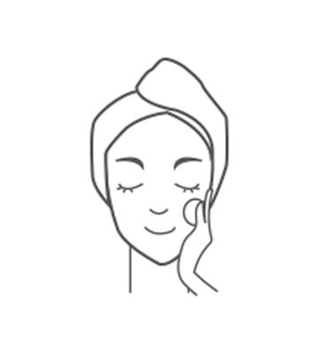 去除老廢角質後進行日常肌膚保養程序。