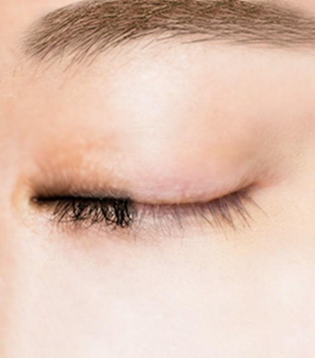 三效潔膚功能,能卸除全臉彩妝