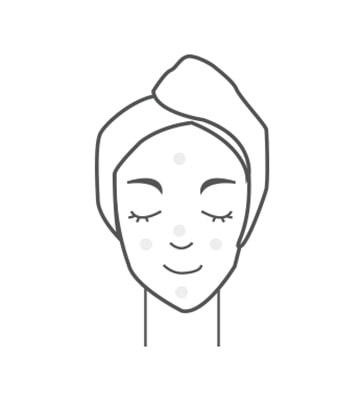 早晚於導入液後使用,按壓2次取適量於掌心,分別點在額頭、雙頰、下巴,均勻塗抹。