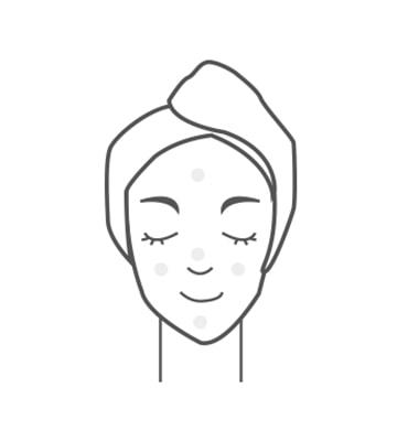 按摩肌膚後,敷上超時空彈力V型晚安緊膚膜。