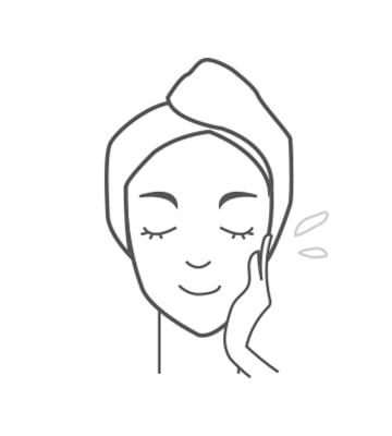 臉部清潔後,取適當用量。